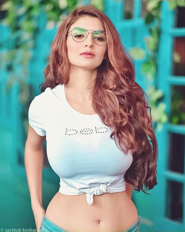 anveshi jain sexy video Anveshi Jain Sexy Video Gandi Baat Actress New Glamour's Photo Gallery Anveshi Jain Viral Bebe t shirt Hot Picture