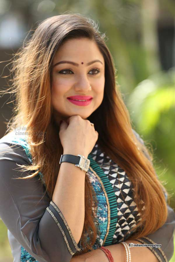 Priyanka Upendra very cute Malayalam actress  Priyanka Upendra Biography, Wiki, Age, Height, Size, BF, Bengali Beautiful Actress Photos Priyanka Upendra very cute malayalam actress