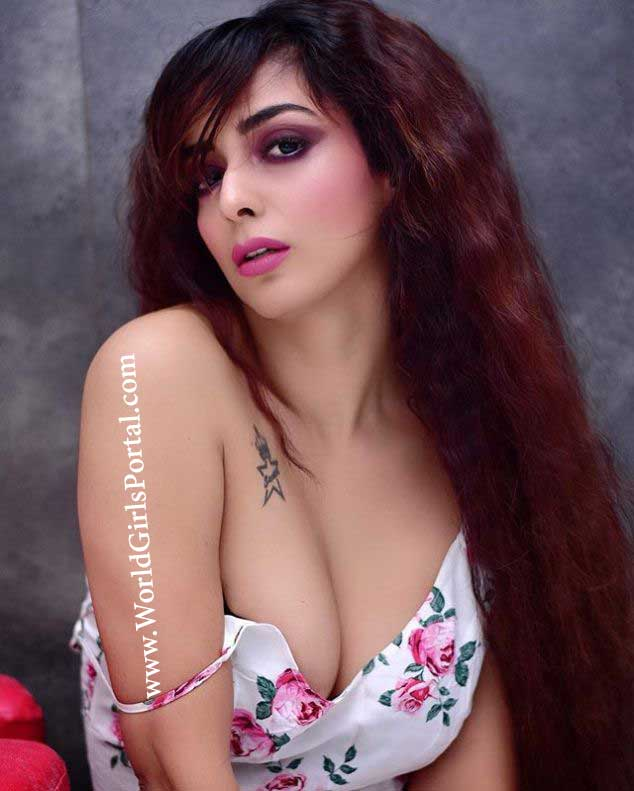 indian famous model Tia Atharwaa beautiful sexy girl picture tia atharwaa biography Tia Atharwaa Biography Age Birth Social Influencer Picture BF, Career indian famous model Tia Atharwaa beautiful sexy girl picture