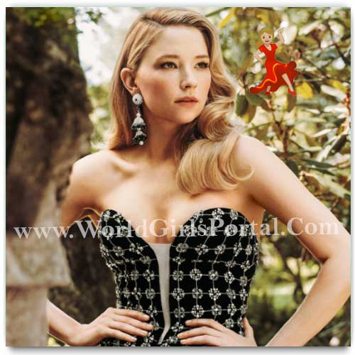 Latest Beautiful Model Haley Bennett Picture Collection, Photo Gallery, Video, IGTV, Images, Shooting, Modeling Studio