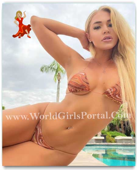 Real Curvy Model Courtney Tailor Phone Number, Contact Address, House Address, Email Id for Paid Promotion Profile